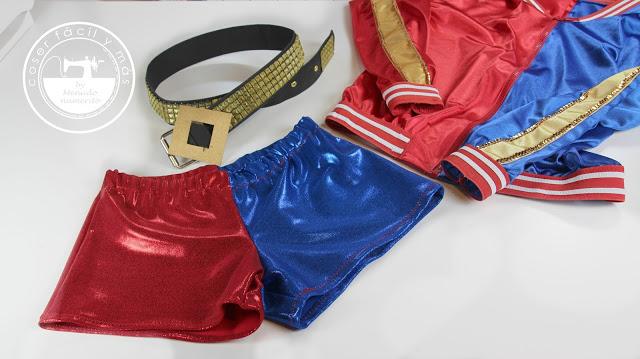 Disfraz de Harley Quinn del Escuadrón Suicida: pantalones