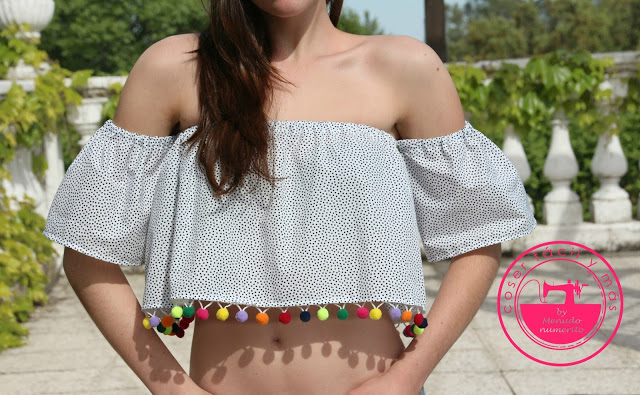 La blusa de la temporada es off the shoulder