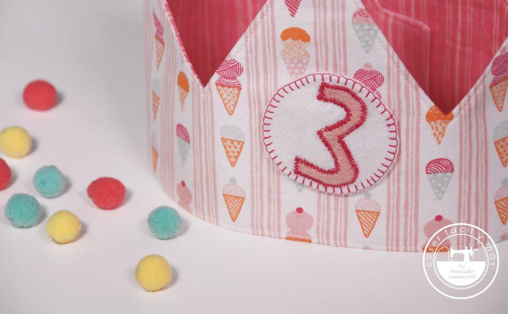 corona de cumpleaños de tela menudo numerito facil