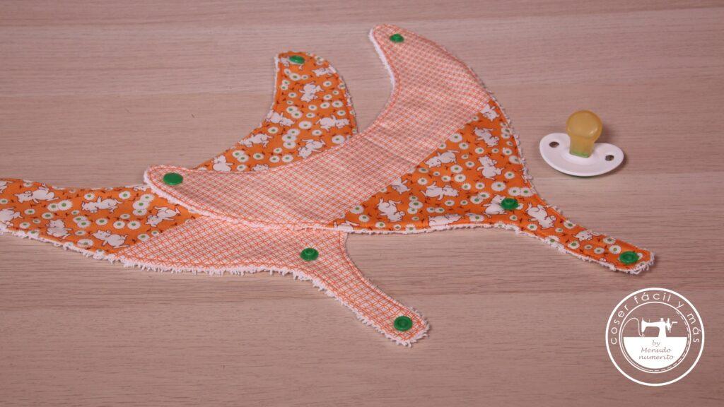 babero bandana portachupetes menudo numerito blogs de costura