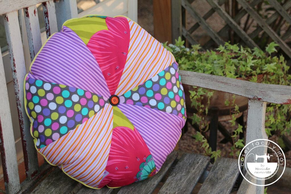 cojin redondo patchwork menudo numerito blogs de costura singer julian lopez
